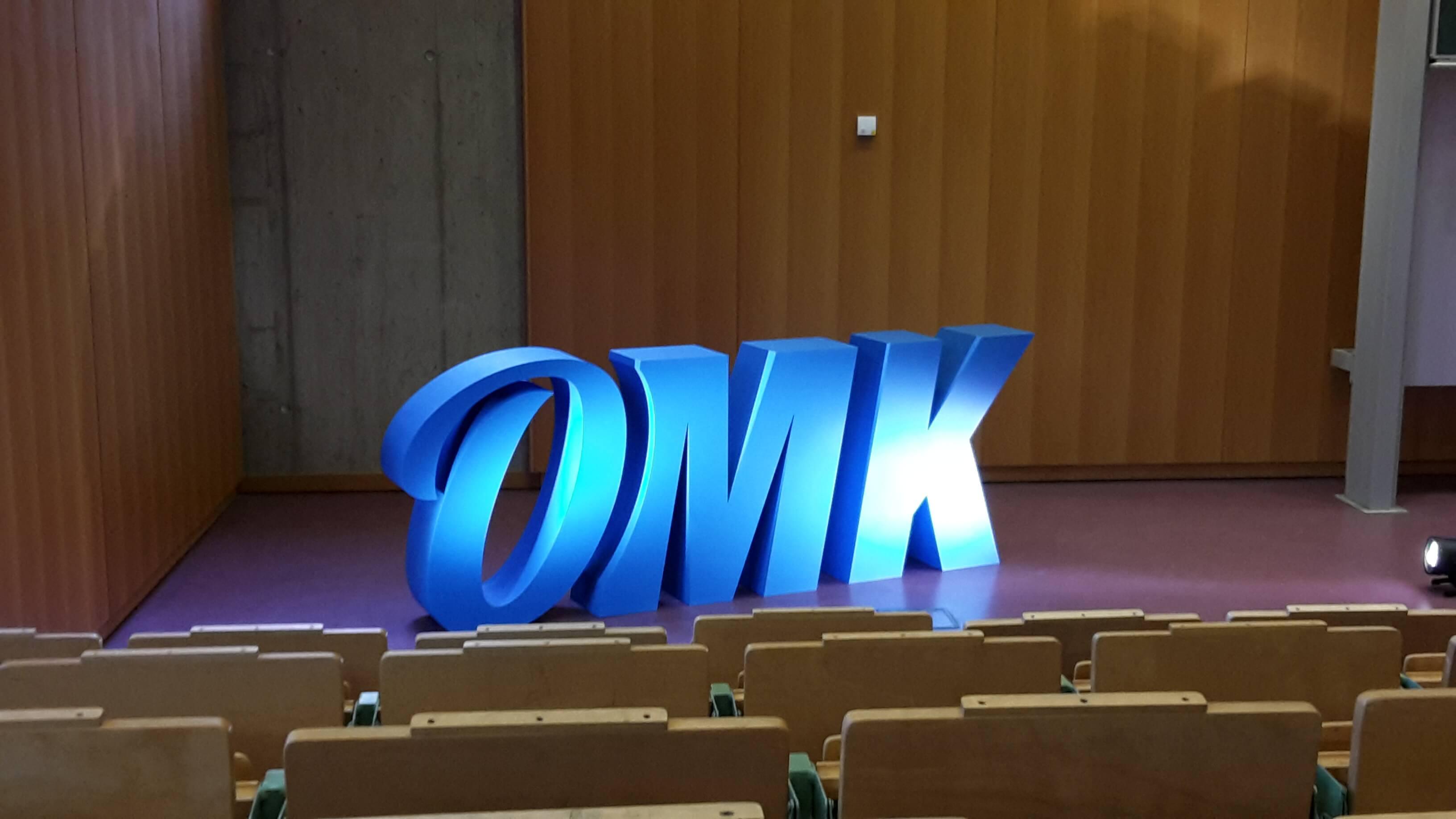 Bühne bei der OMK