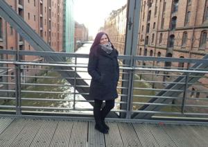 Seo Trainee Jill in der Speicherstadt Hamburg